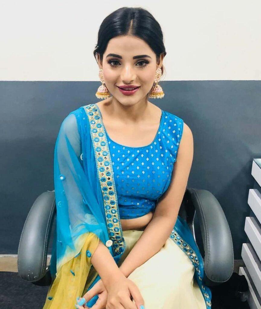 Anushka Srivastava Instagram