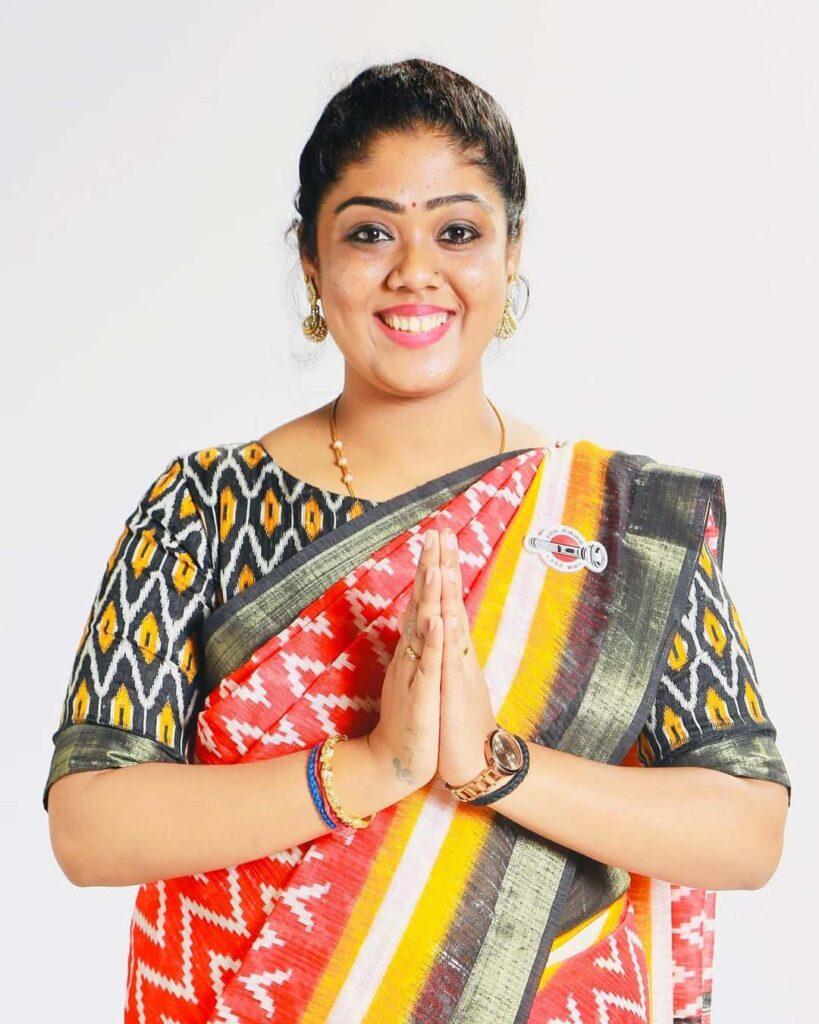 Makkal Needhi Maiam Social Activist Sneha Mohandoss Age