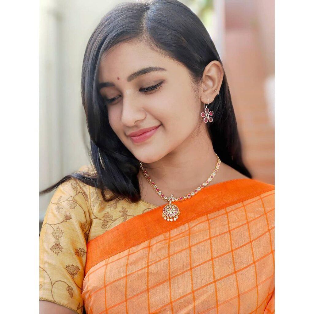 Raveena Daha Movies