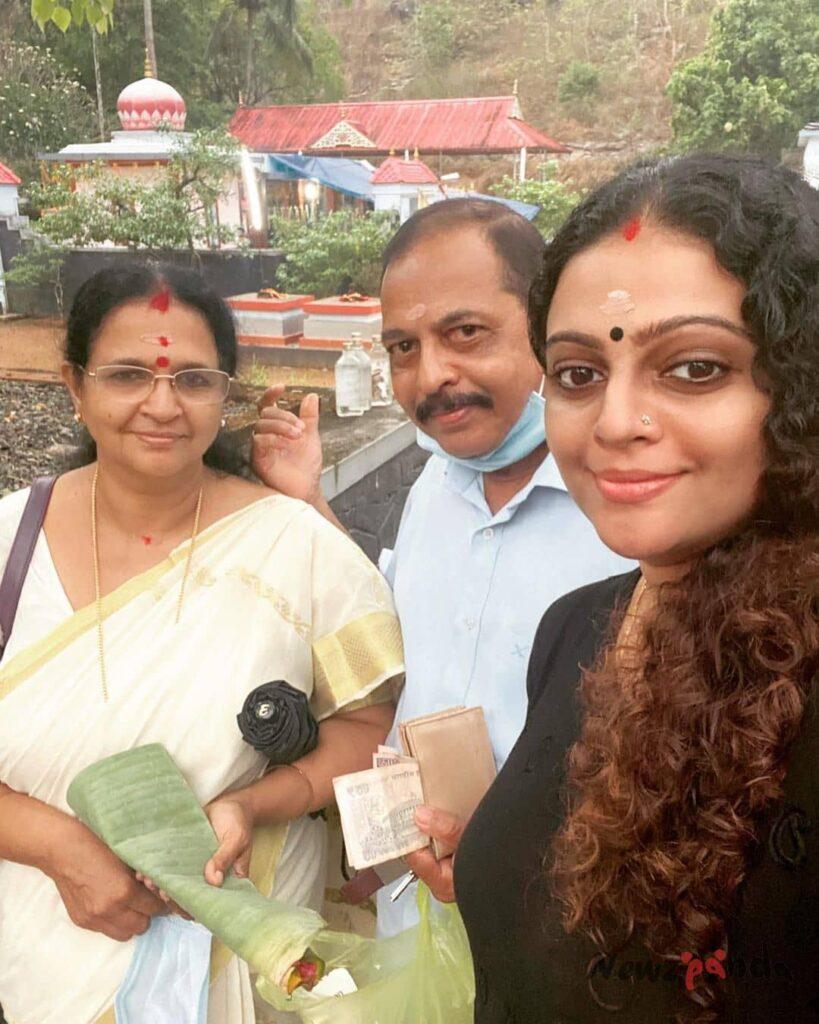 Aswathy Sreekanth Family