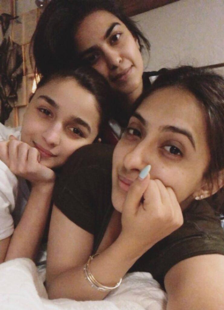 Akansha Ranjan Kapoor Sisters and Family