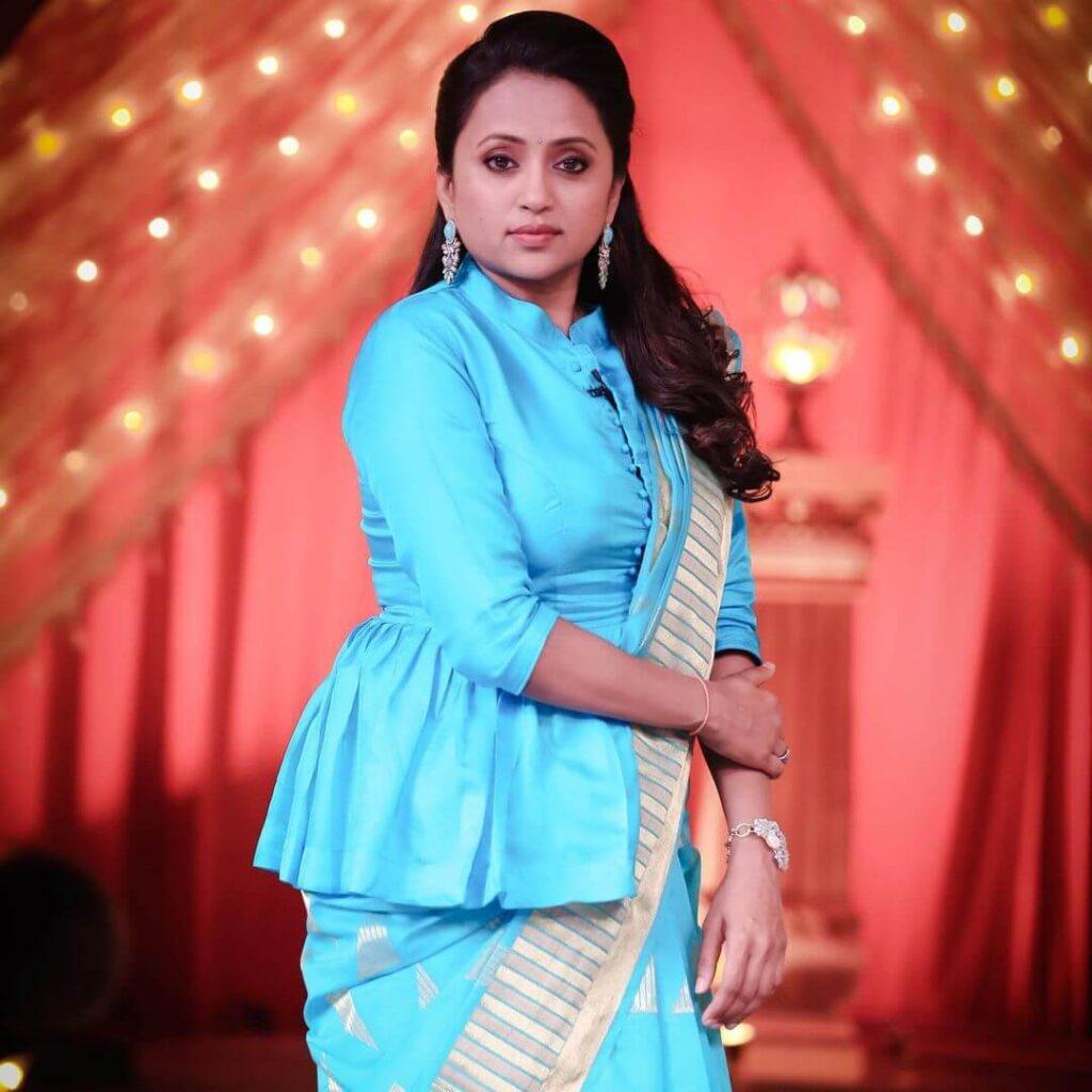 Suma Kanakala Images