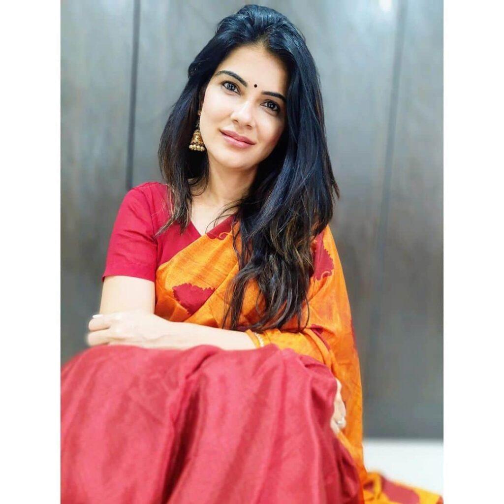 Manisha Jashnani Images