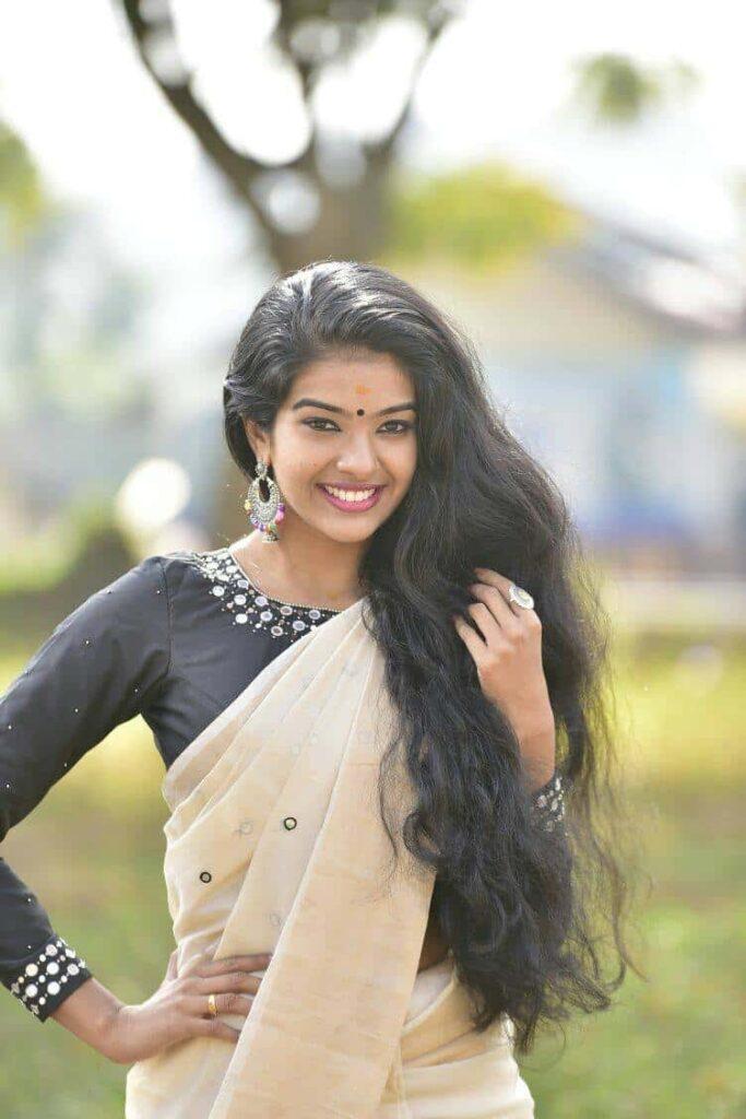 Kerala Serial Actress Monisha