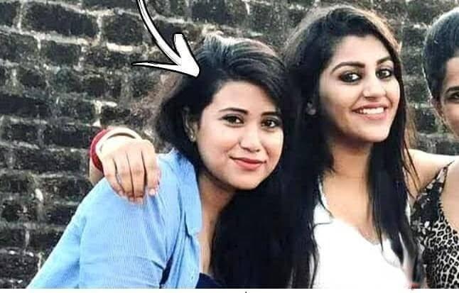 Yashika Ananda Friend Vallichetti Bhavani Age