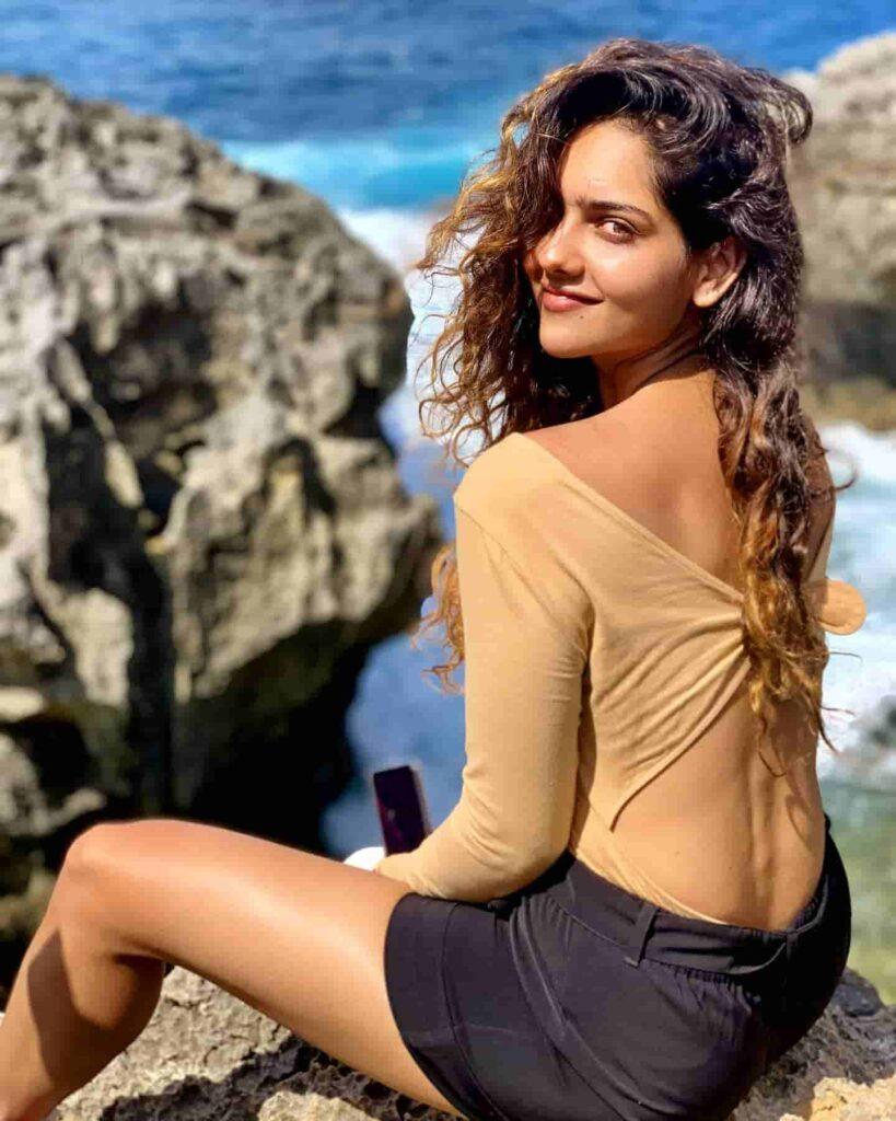 Diksha Sharma Age