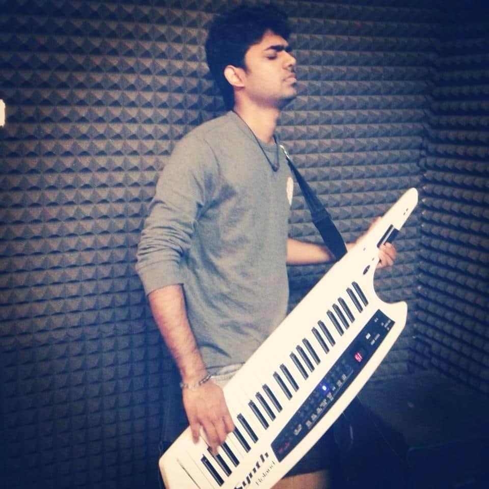 Devaraj Keyboard Player