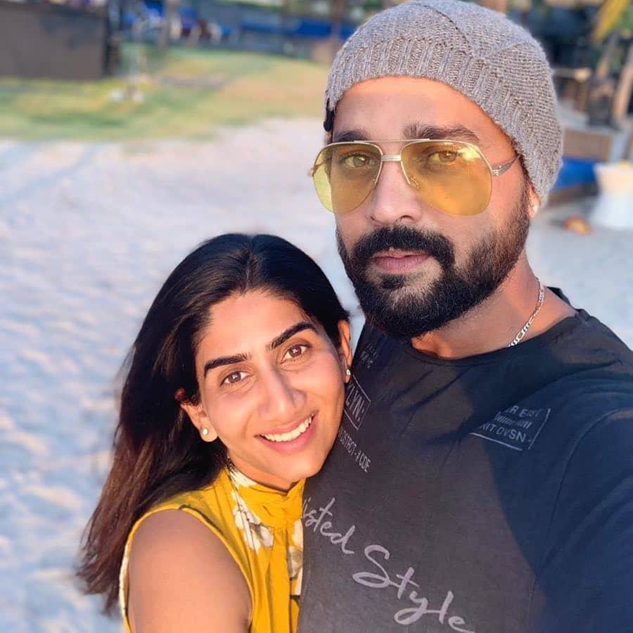 Nikita Vijay Husband