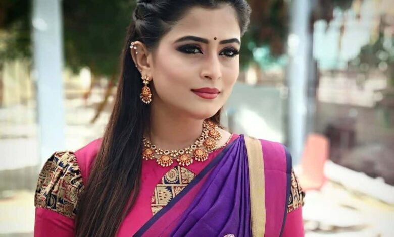 Veena Ponnappa Biography