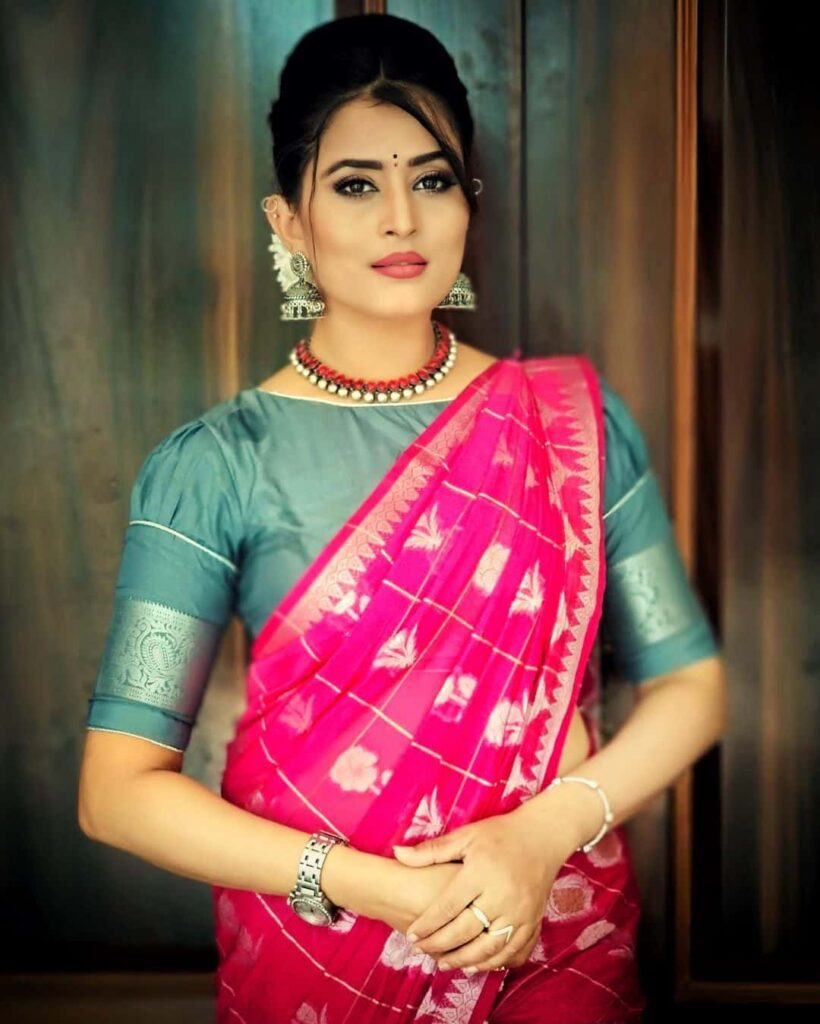 Veena Ponnappa Images