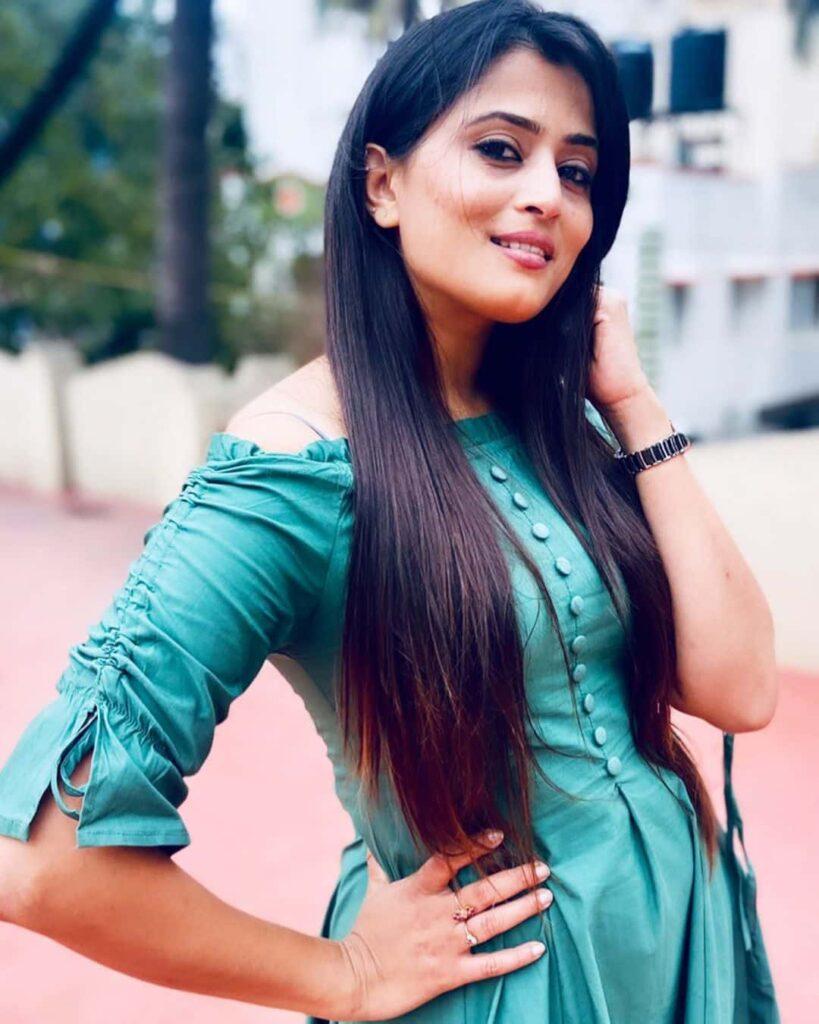 Veena Ponnappa Age
