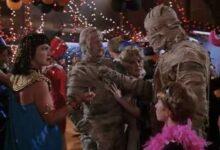 'Under Wraps' Trailer: Remake of Disney Channel's First Original Movie