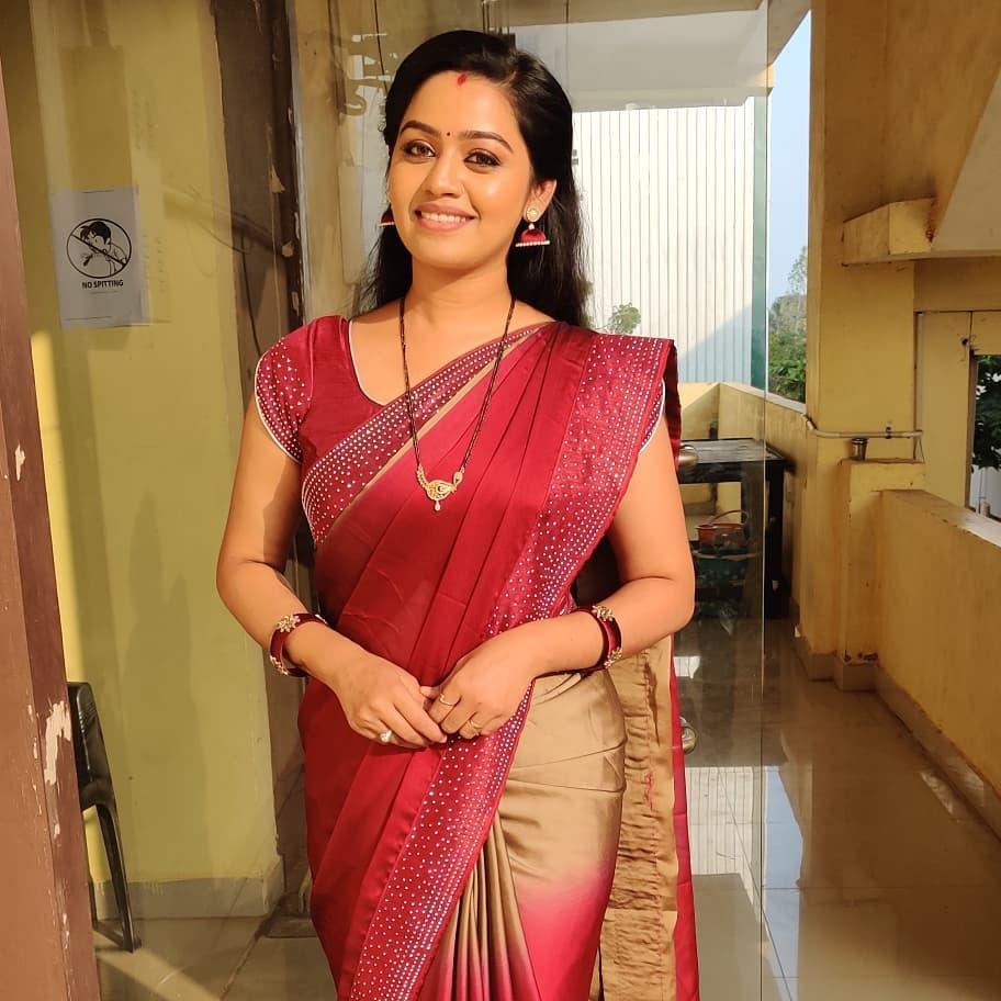 Gayathri Yuvraj Images
