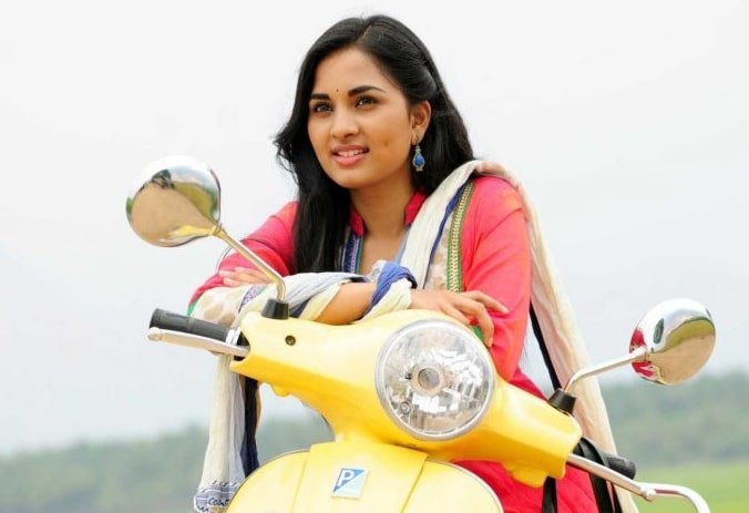 Srushti Dange (Actress)