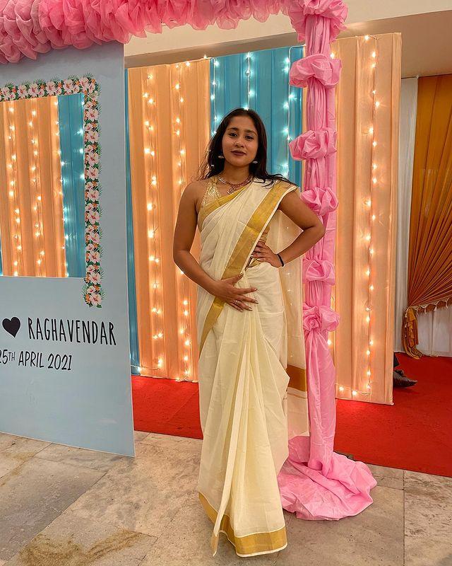 Aishwarya Krishnan Images 4