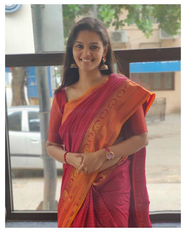 Swathishta Krishnan Images 8