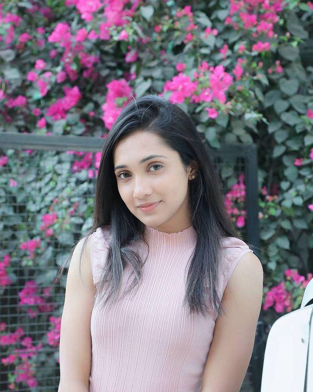 Asiya Firdose Images 8