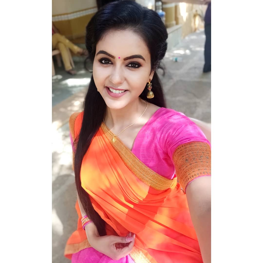 Chaitra Reddy Images