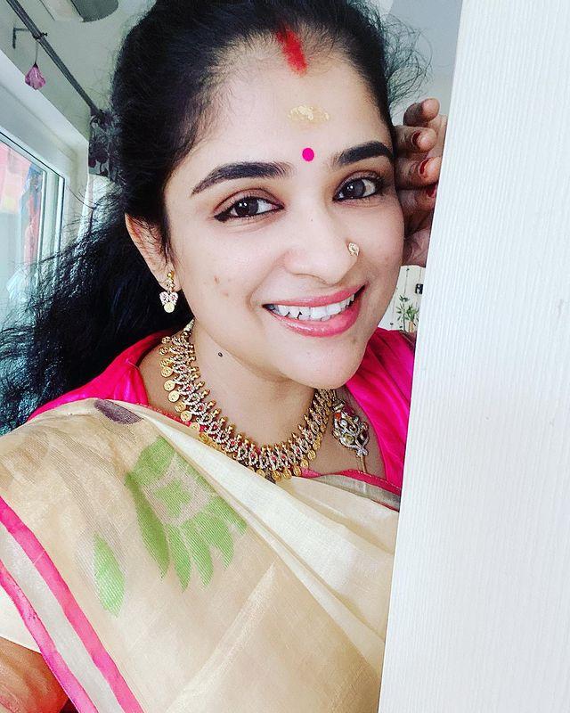 Preethi Sanjeev Images 5